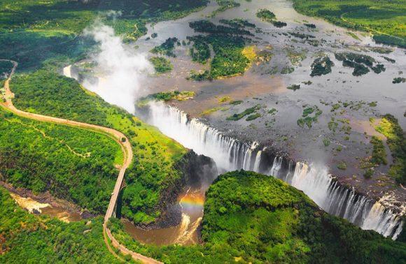 3 Days,2 Nights Majestic Victoria Falls Visit